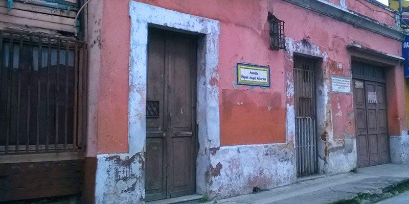Casa de miguel ngel asturias en el centro hist rico rep blica - Miguel angel casas ...