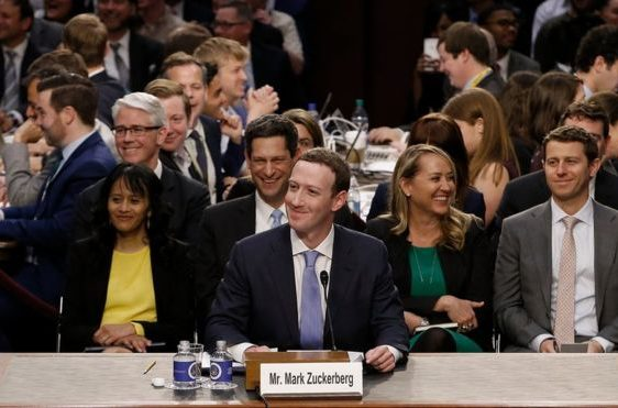 mark Zuckerberg, Facebook, senado, declaración
