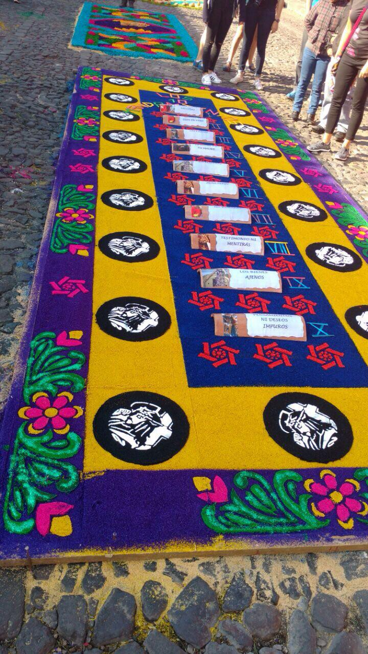 Alfombras multicolor de antigua guatemala rep blica gt for Antigua alfombras