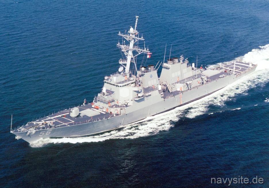 USS John McCain-destructor-buque-petrolero