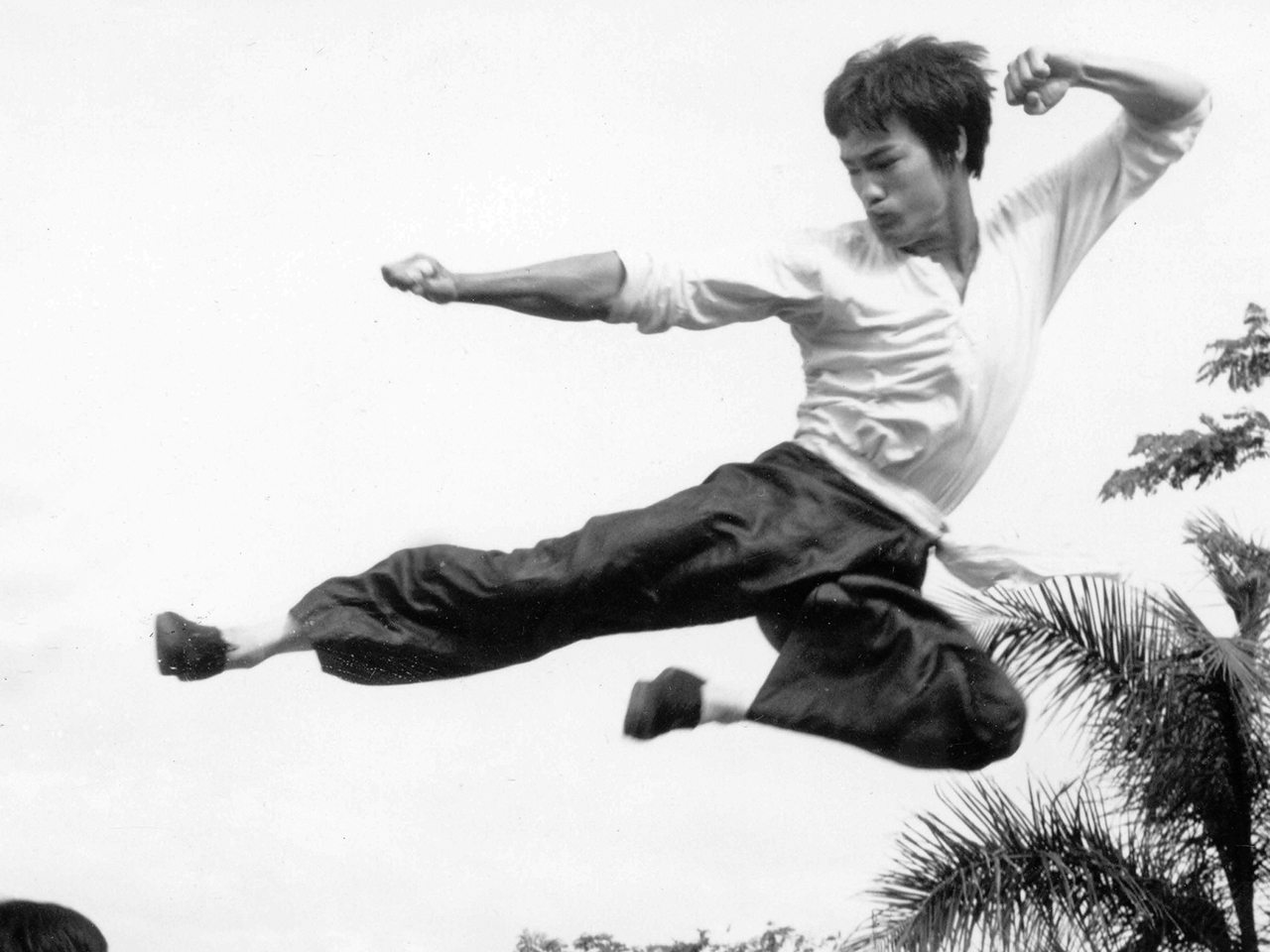 Bruce-Lee-Flying-Kick-Jeet-Kune-Do-patada voladora