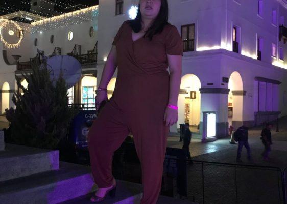 jumpsuit, mono, moda, plus size, marrón, look, look de noche.