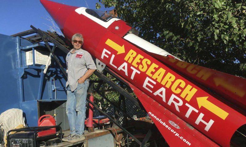 Mike Hughes-flat-earth-tierra-plana