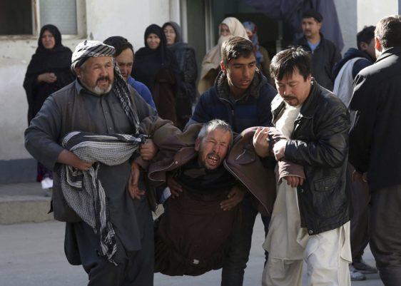 bomba-ataque-afganistán-heridos