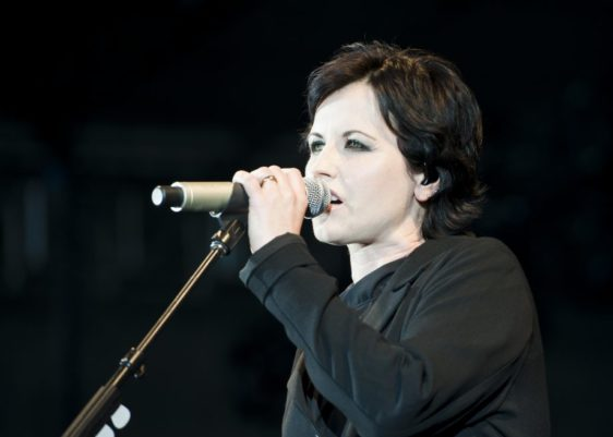 The_Cranberries_dolores-oriordan-muerte