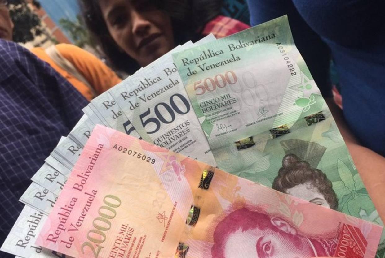 bolivares, venezuela, salario mínimo, aumento, elecciones, nicolás maduro