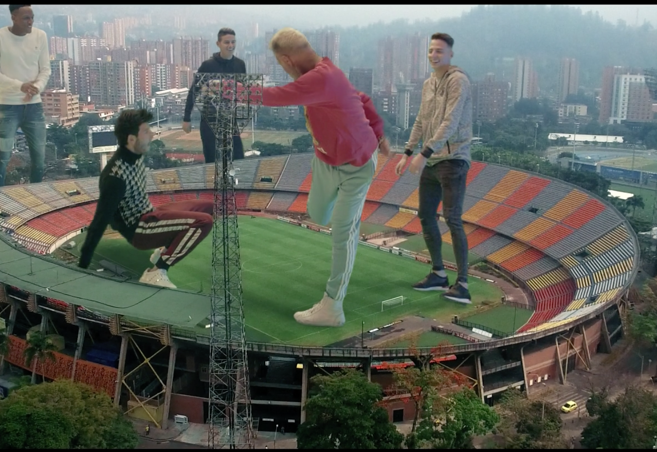 Gianluca Vacchi, Sebastián Yatra, futbol, mundial, 2018, canción,